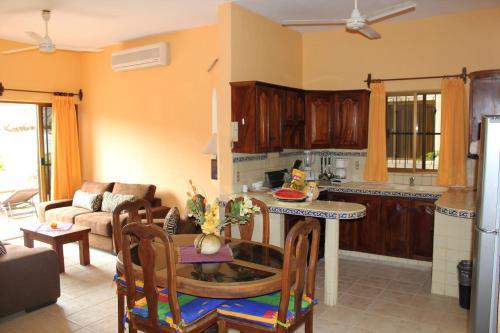 Una cocina o zona de cocina en Departamento Marcela #1