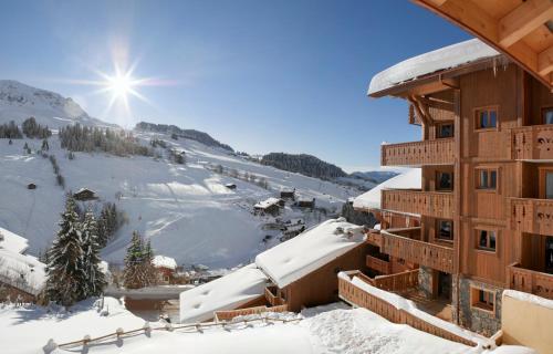 L'établissement CGH Résidences & Spas Le Village De Lessy en hiver