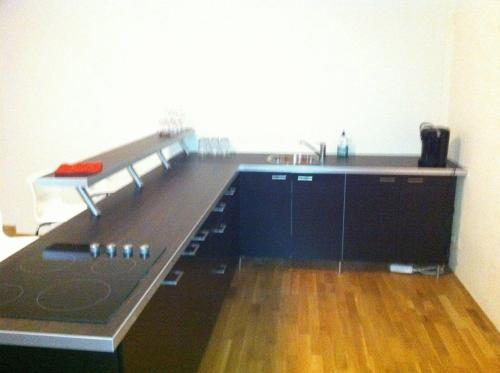 A kitchen or kitchenette at Appartment München Isartor