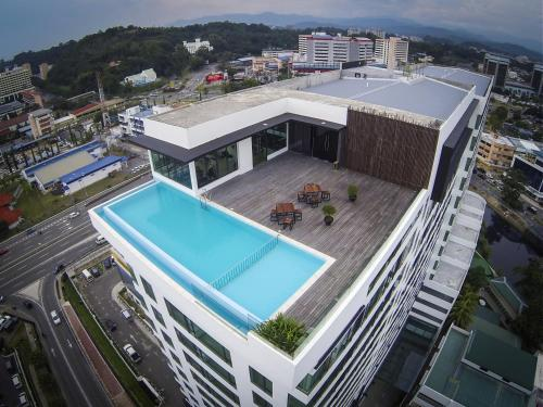A view of the pool at Sky Hotel or nearby