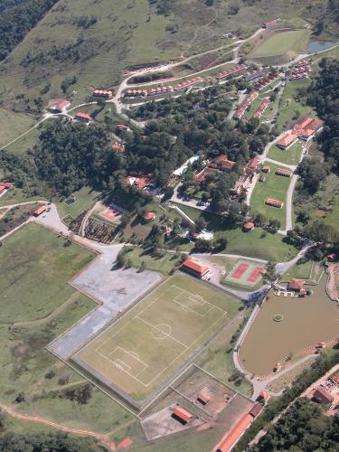Uma vista aérea de Hotel Estância Atibainha - Resort & Convention