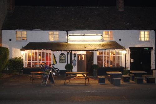 The lounge or bar area at The Crown Inn, Kemerton