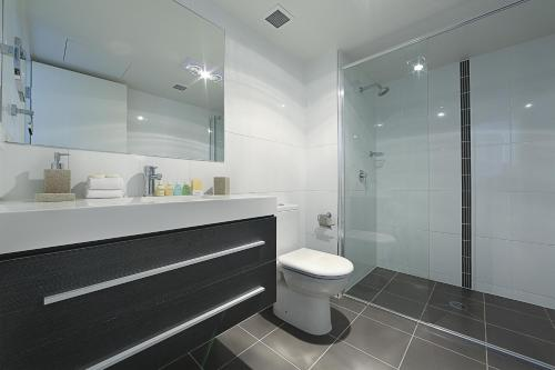 A bathroom at Accommodate Canberra - Century