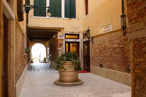 Uma varanda ou outra área externa em Hotel Ca' D'Oro