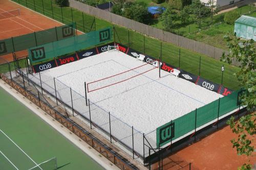 Tenis a/nebo squash v ubytování Techtex sport nebo okolí