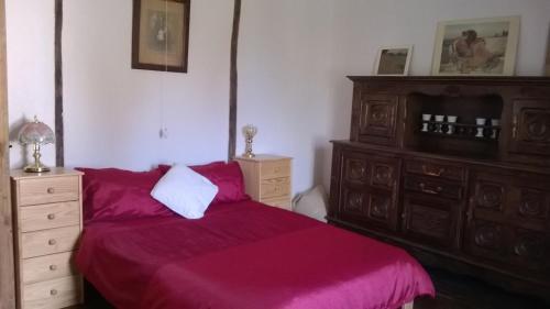 A room at La Châtaigne Dorée