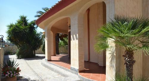The facade or entrance of Appartamenti famiglia Pinna - Villa Gioiosa -