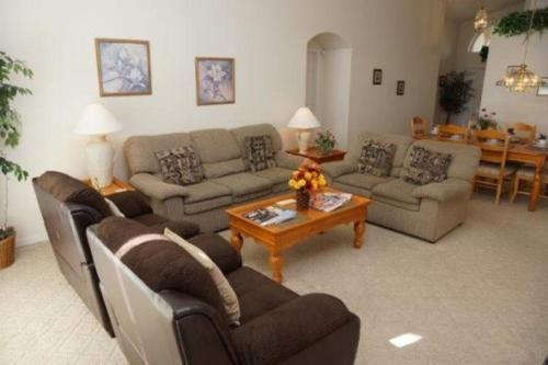 The lounge or bar area at Arrow Creek Villa IC804