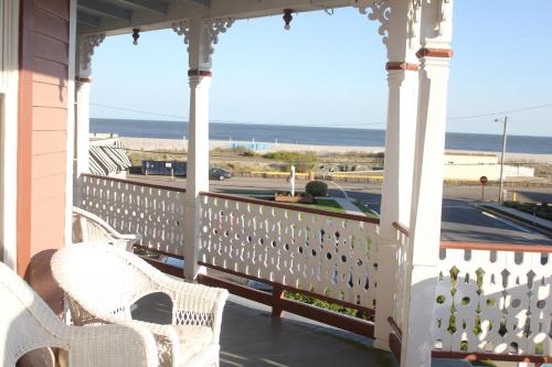 A balcony or terrace at Angel of the Sea Bed and Breakfast