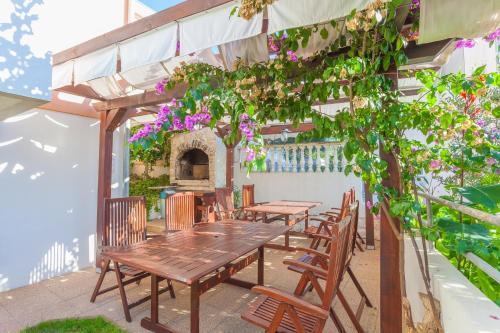 Ресторан / где поесть в Villa Julian