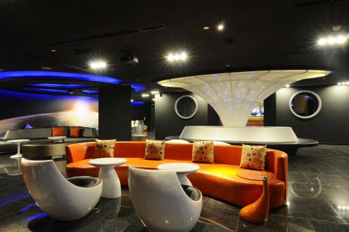 The lounge or bar area at Space Inn Hengyang Branch