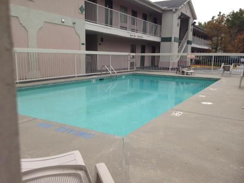 The swimming pool at or near Country Hearth Inn & Suites Augusta