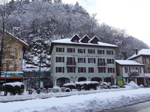 L'établissement Hôtel National en hiver