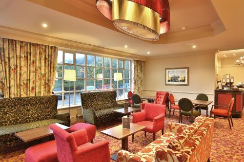 The lounge or bar area at Reigate Manor Hotel
