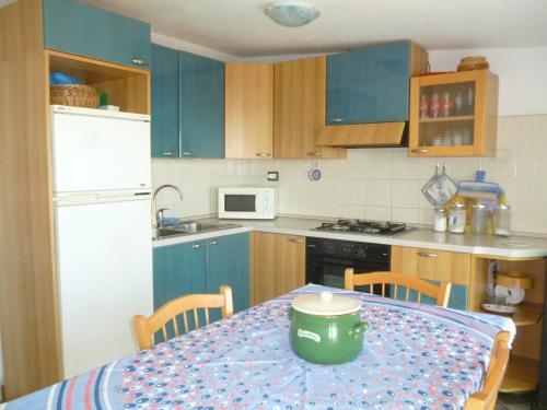 A kitchen or kitchenette at Attico Bellavista