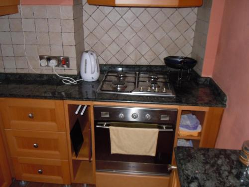 A kitchen or kitchenette at D-House