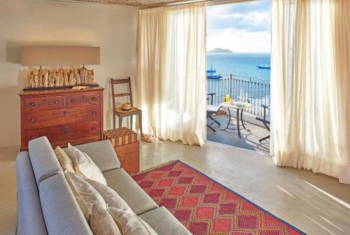 A room at Casas Brancas Boutique Hotel & Spa