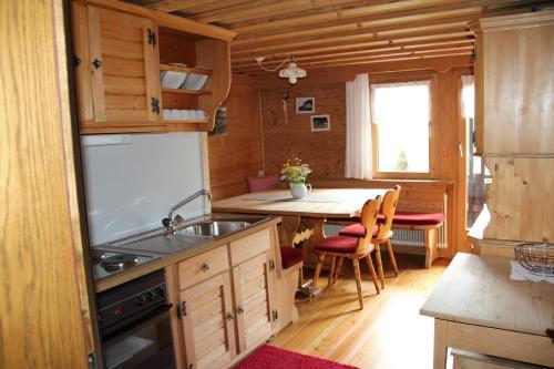 Küche/Küchenzeile in der Unterkunft Apartment Jaegerhaus