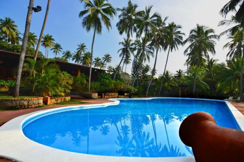 The swimming pool at or near Hotel Eva Lanka