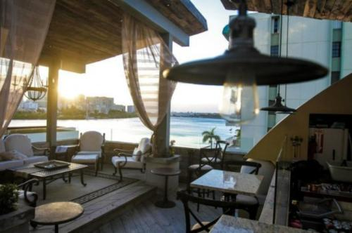 A restaurant or other place to eat at O:Live Boutique Hotel, A Small Luxury Hotel of the World