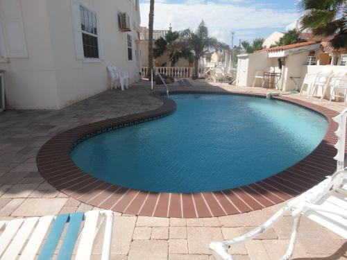 The swimming pool at or near Landslake Apartments