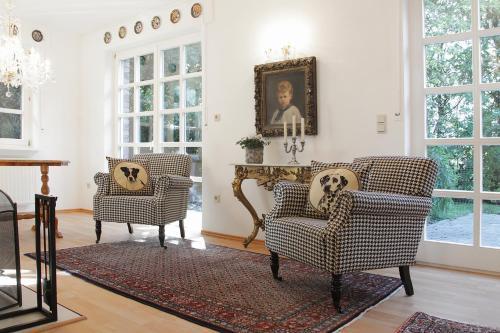Ein Sitzbereich in der Unterkunft Villa Cappenberg