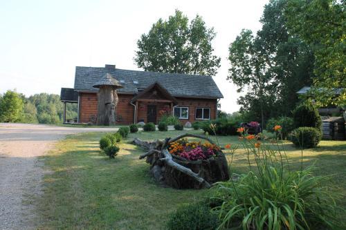 Pastatas, kuriame yra ši kaimo turizmo sodyba
