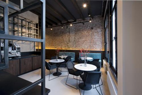 Restaurant ou autre lieu de restauration dans l'établissement PH Hotel Oosteinde