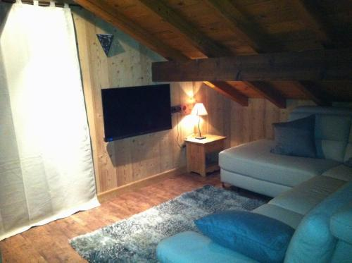 A seating area at Chalet Narcisse