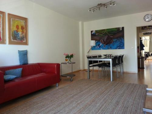 A seating area at Appartement aan Zee Oostende