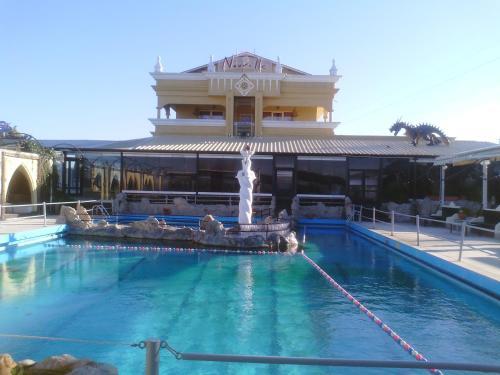 Πισίνα στο ή κοντά στο Nouvelle
