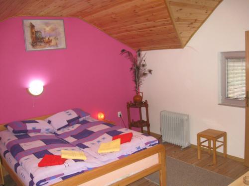 Легло или легла в стая в Amfora Rooms Caribrod