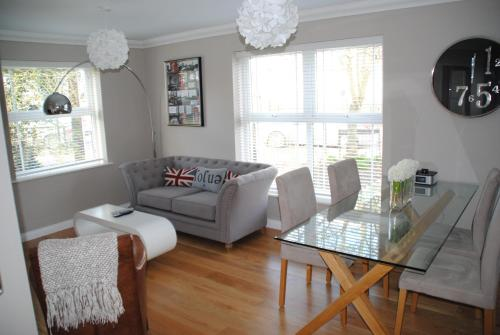 Accommodation Windsor Ltd - Clarendon Court