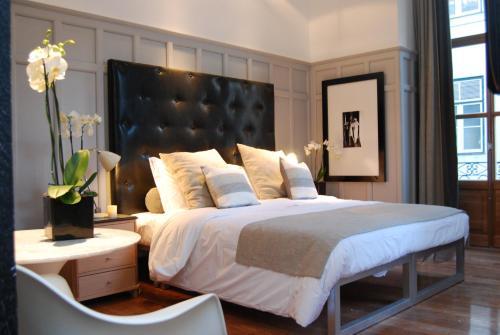 Un ou plusieurs lits dans un hébergement de l'établissement Browns Boutique Hotel