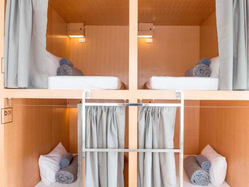 Cama o camas de una habitación en Mini Boxtel Aonang, Hostel