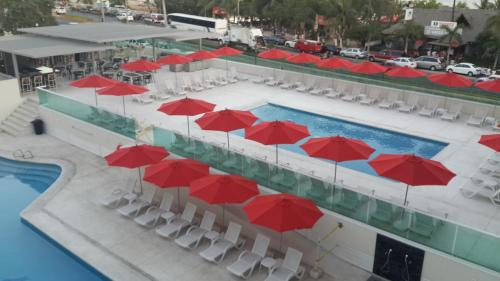 A view of the pool at We Hotel Acapulco or nearby