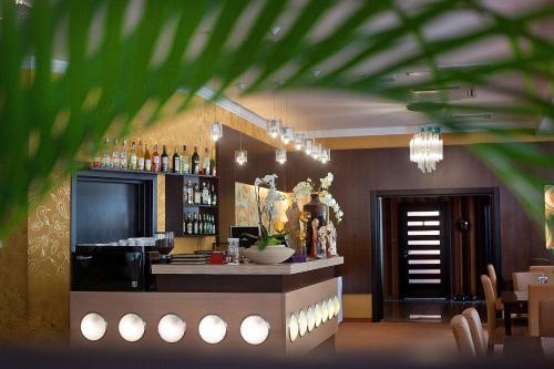 Hol lub recepcja w obiekcie Hotel Restauracja Tęczowa