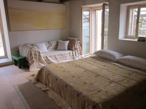 A bed or beds in a room at Casa Flori