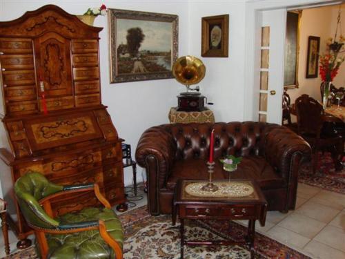 A seating area at Haus Mooren, Hotel Garni