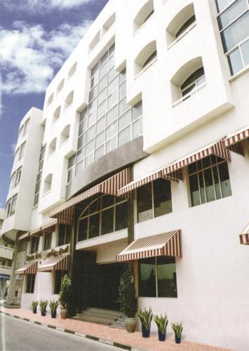Отель роялтон дубай недвижимость в лимассоле