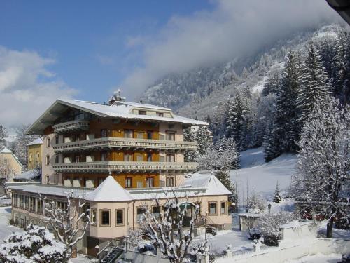 Hotel Völserhof during the winter