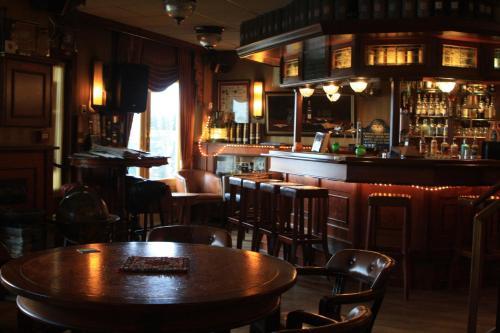 Lounge oder Bar in der Unterkunft Hotel Zee en Duin