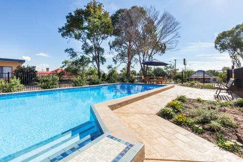 The swimming pool at or near Gulgong Motel