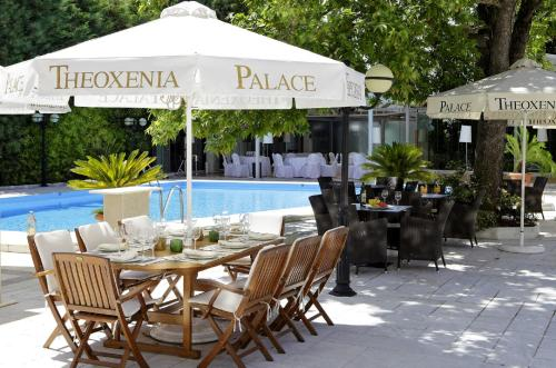 A restaurant or other place to eat at Theoxenia Palace