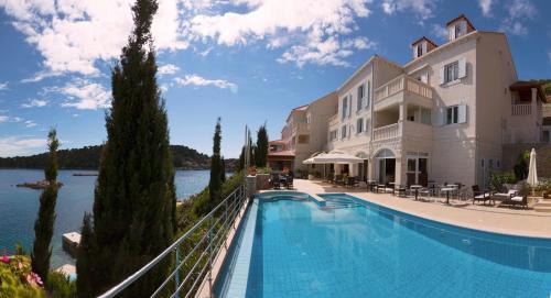 Der Swimmingpool an oder in der Nähe von Hotel Bozica Dubrovnik Islands