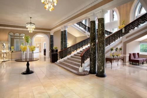 The lobby or reception area at Waldorf Astoria Edinburgh - The Caledonian