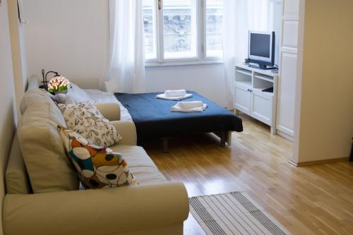 A bed or beds in a room at Apartment Agram Centar