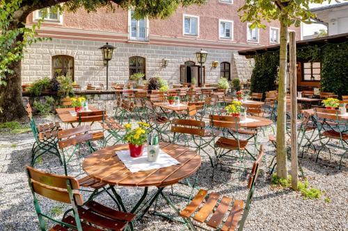 Hotel Pfaubrau Trostberg an der Alz, Germany