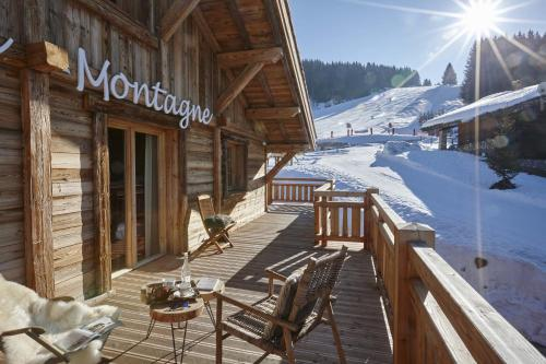 Le Lodge Chasse Montagne during the winter