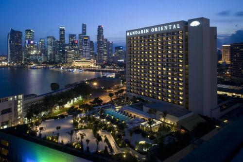 A bird's-eye view of Mandarin Oriental, Singapore (SG Clean)
